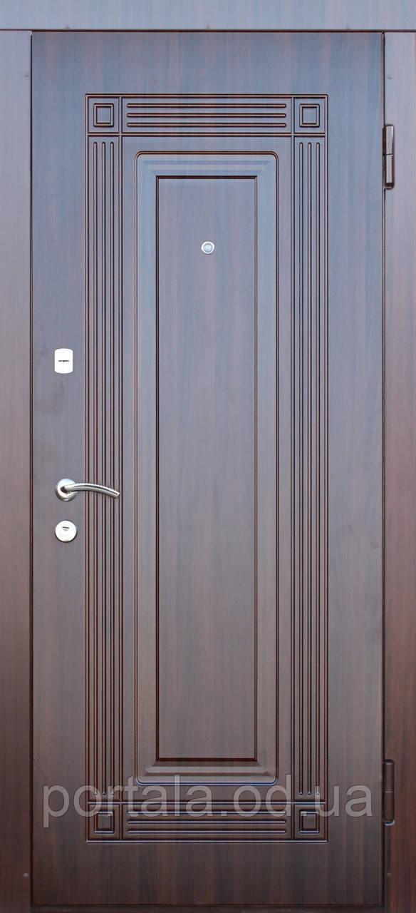 """Входная дверь для улицы """"Портала"""" (Стандарт Vinorit) ― модель Спикер"""