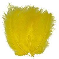 Декоративні пір'я SoFun 5-10 см жовті 100 шт, фото 1