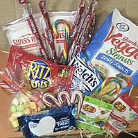Подарочная коробка американских сладостей и снэков