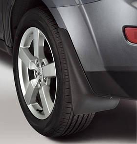 Брызговики задние для Mitsubishi Outlander XL (07-12) 2шт (MZ313932) MZ313932