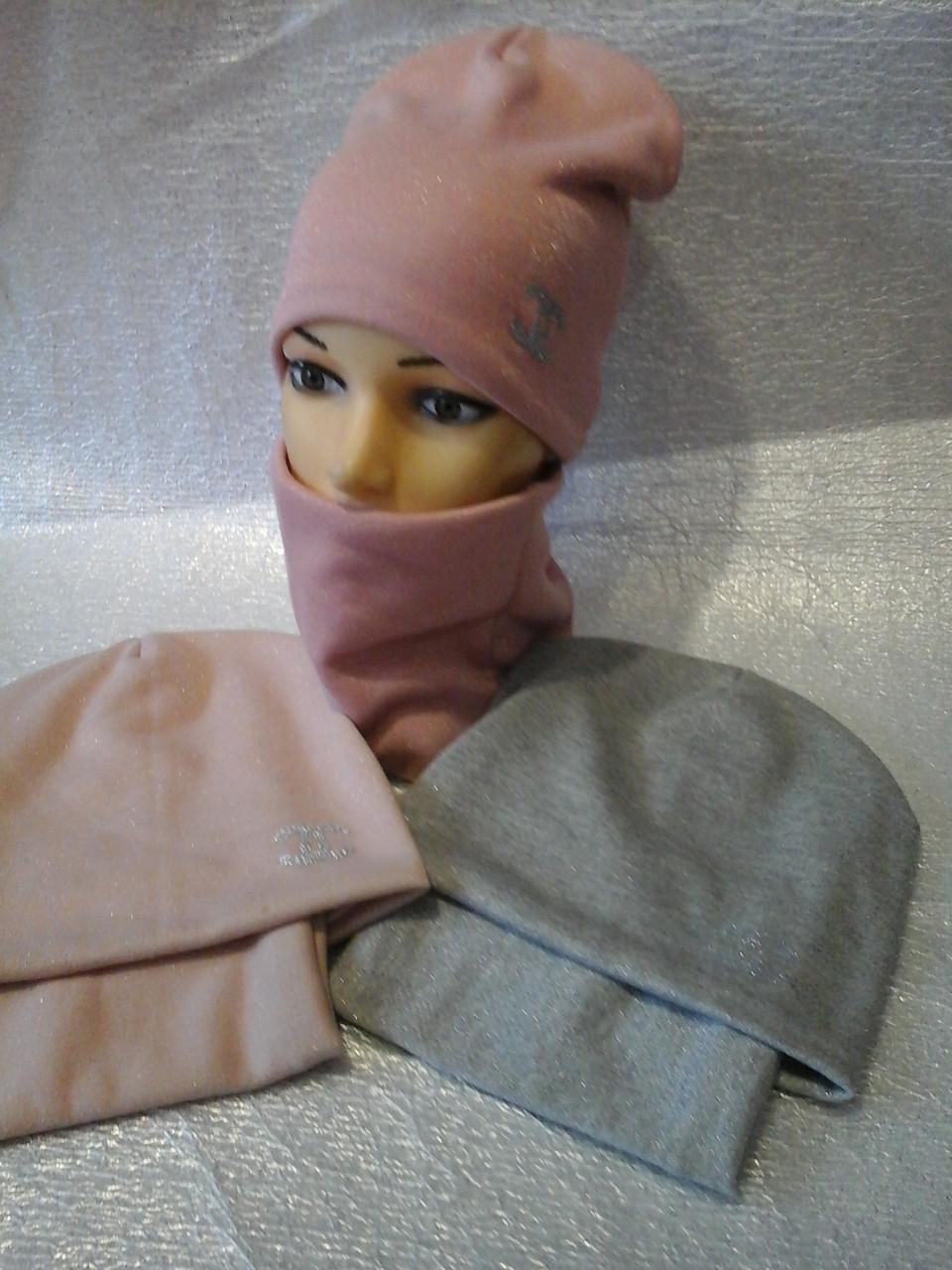 Зимняя шапочка для девочки с напылением и шарфиком баф