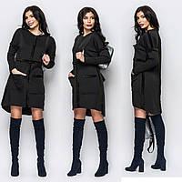 Черное платье-трапеция с меховой изнанкой и крупными карманаминт с высоким воротом и карманами