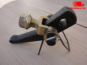 Рычаг отжимной в сборе нового образца МТЗ-100 (Россия) 85-1601094