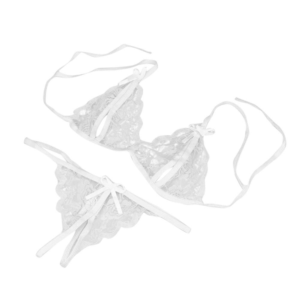 Кружевное эротическое белье с разрезами