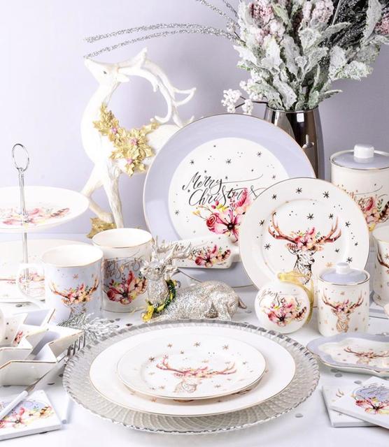 Коллекция фарфоровой посуды Рождественский олень