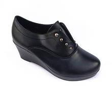 Туфлі на танкетці. Взуття жіноче на танкетці осіння, весняна
