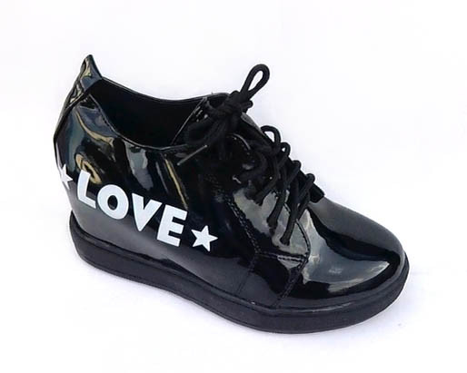 Туфлі жіночі лак, танкетка. Туфлі Love (чорні)