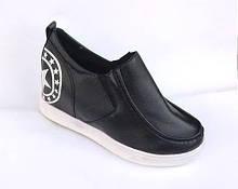 Жіночі туфлі-черевики чорні
