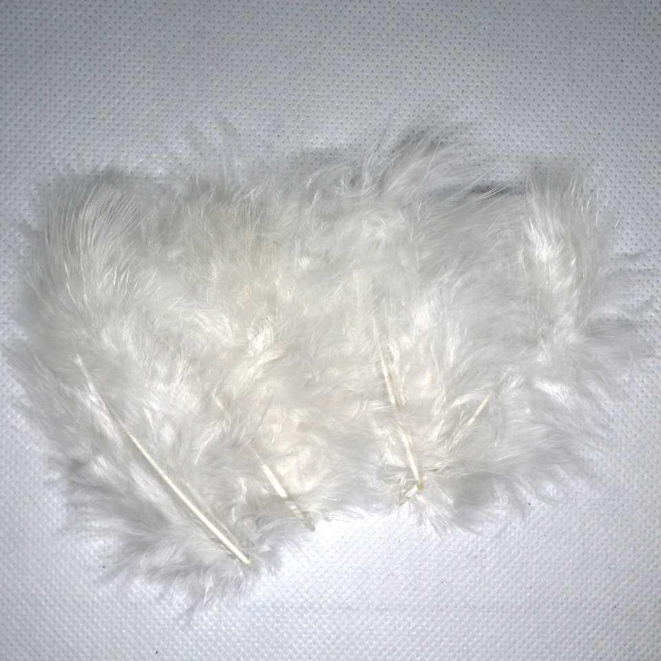 Декоративные перья белые (100 шт)