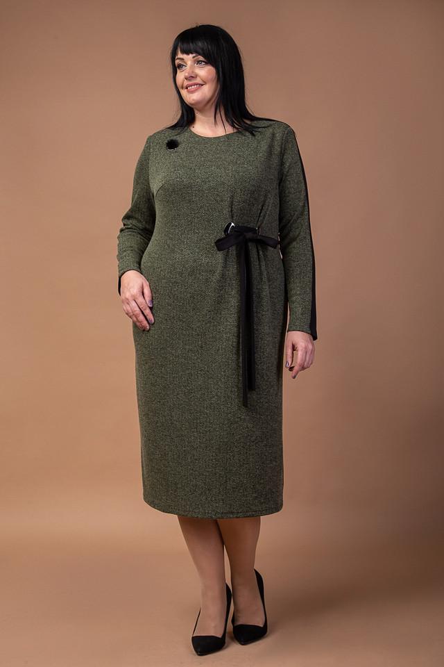 фотография женское платье цвета хаки с длинными рукавами