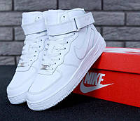 Зимние кроссовки на меху Nike Air Force 1 High в белом цвете (Найк Аир Форс зимние мужские и женские размеры), фото 1