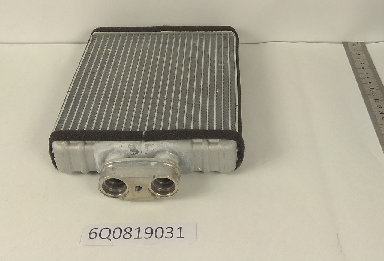 Радиатор печки Skoda Fabia 1999- (175*180мм по сотах) KEMP