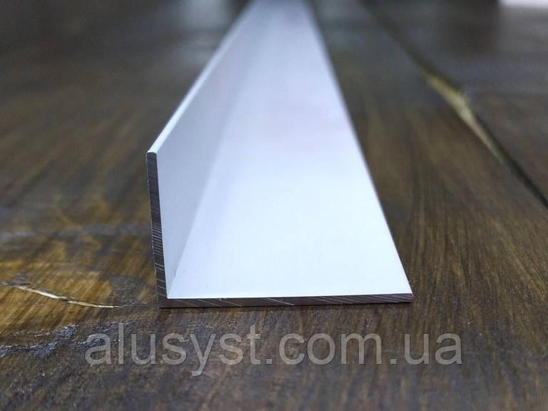 Алюминиевый уголок, Анод, 25х15х1 мм
