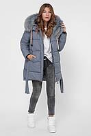 Зимняя женская куртка цвета прямого кроя с капюшоном