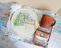 Подарок для женщины - авторский подарочный набор Ландыши
