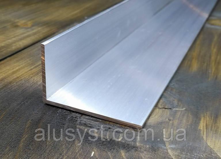 Алюминиевый уголок, Анод, 50х30х3 мм