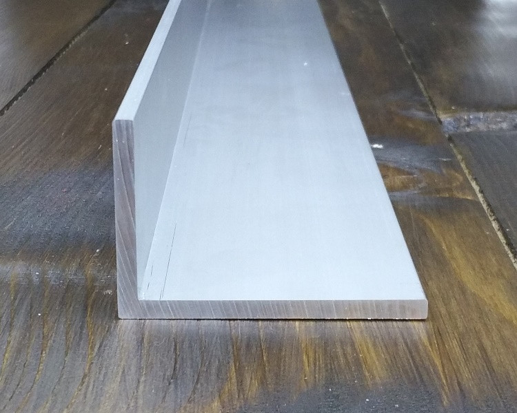 Алюминиевый уголок, Анод, 60х40х4 мм
