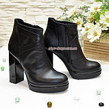 Зимние женские классические ботинки на высоком каблуке, из натуральной черной кожи, фото 3