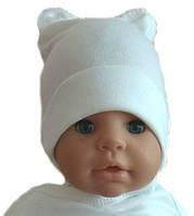 Красивая шапочка с ушками для новорожденного в роддом хлопок молочная