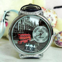 Винтажные часы Torso Korea Mini - Лондонский автоб, циферблат 4 см.