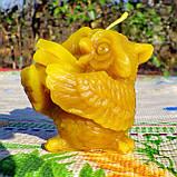 """Восковая свеча """"Сова с книжками"""" из натурального пчелиного воска, фото 6"""