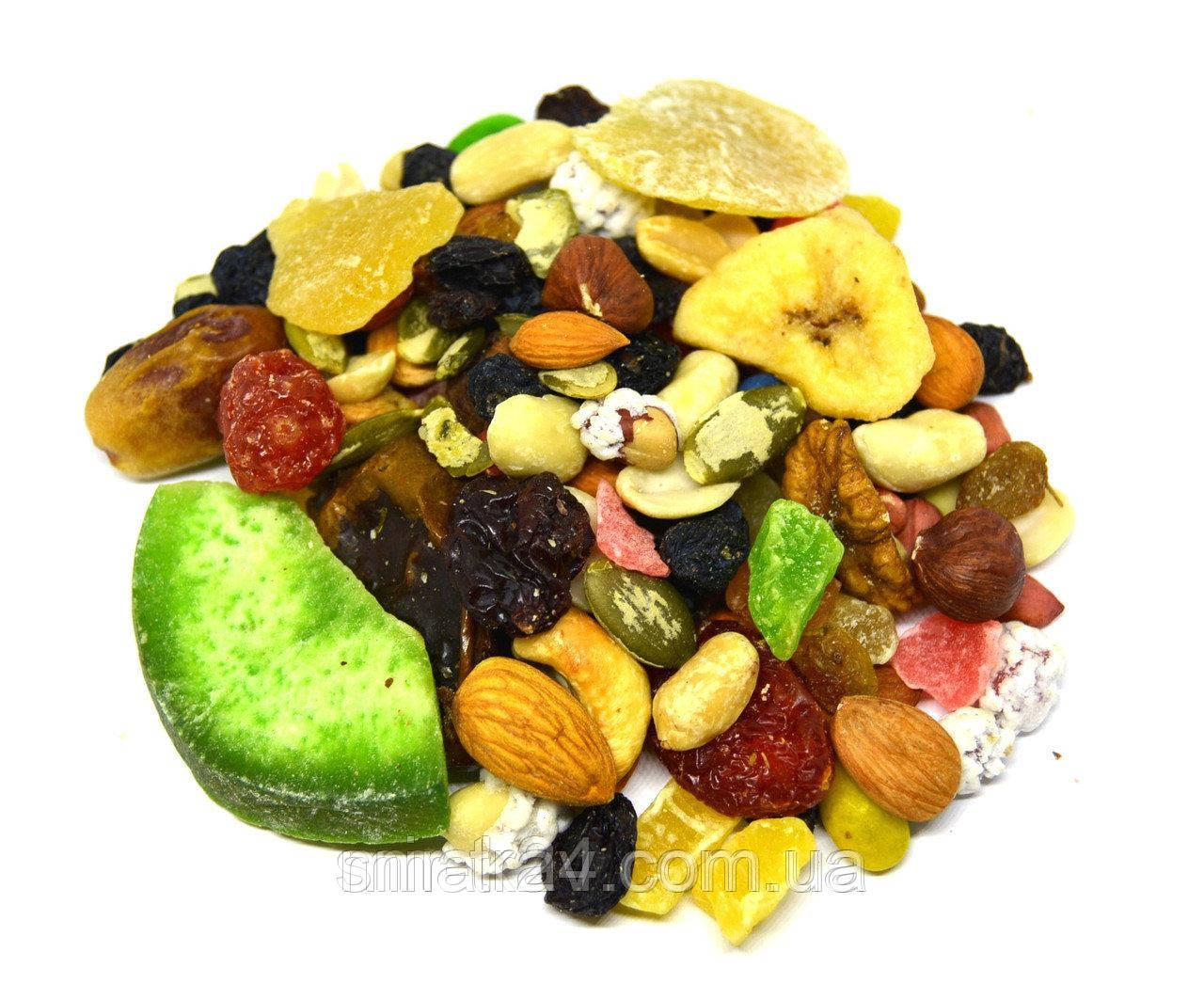 Ассорти орехов, сухофруктов и цукатов, 1 кг