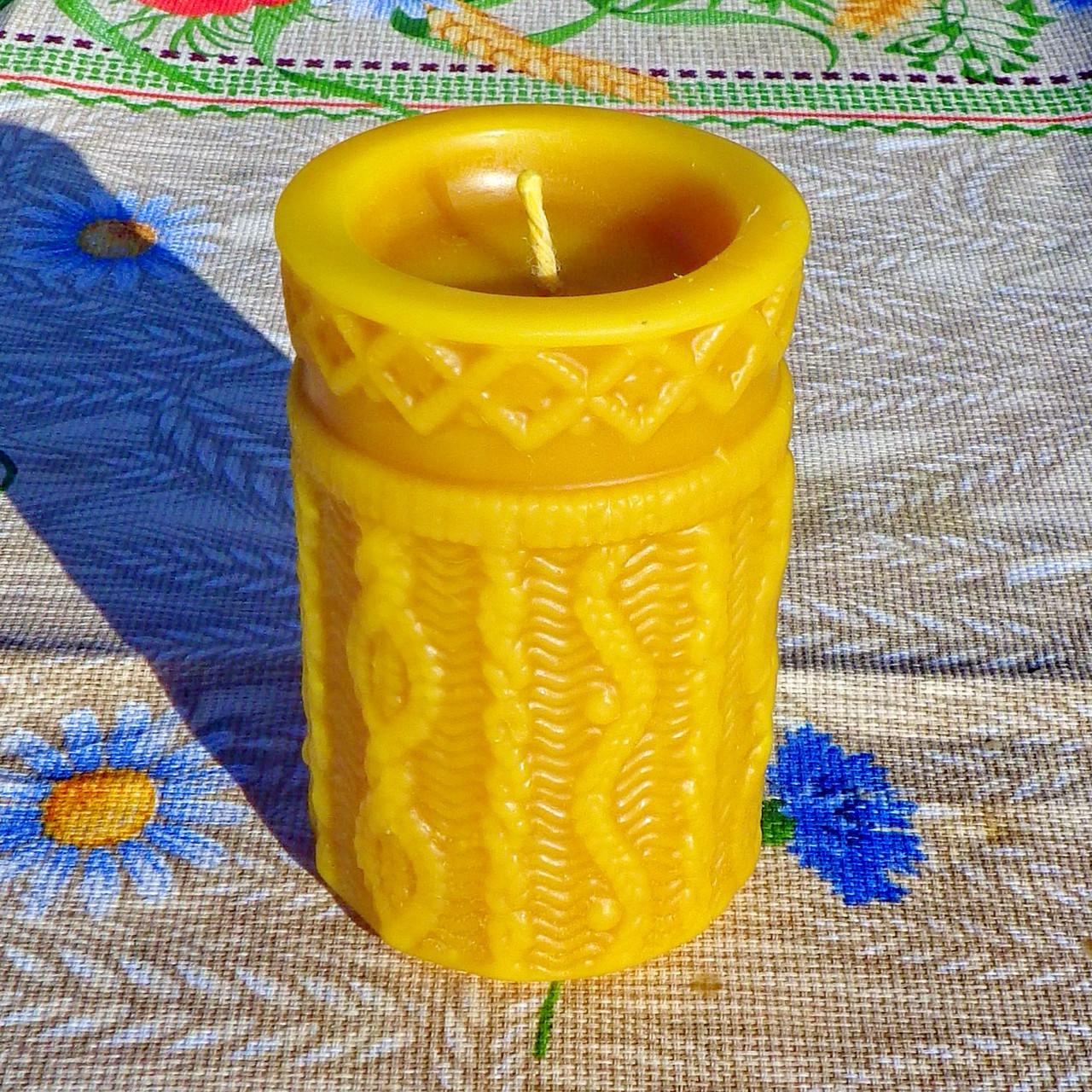 """Восковая свеча """"Вязанная"""" из натурального пчелиного воска"""