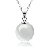 Серебряный кулон шар с натуральным камнем белый опал стерлинговое серебро 925 проба, фото 1