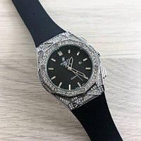Женские часы Hublot Big Bang со стразами
