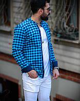 Чоловіча блакитна сорочка з синім в клітку