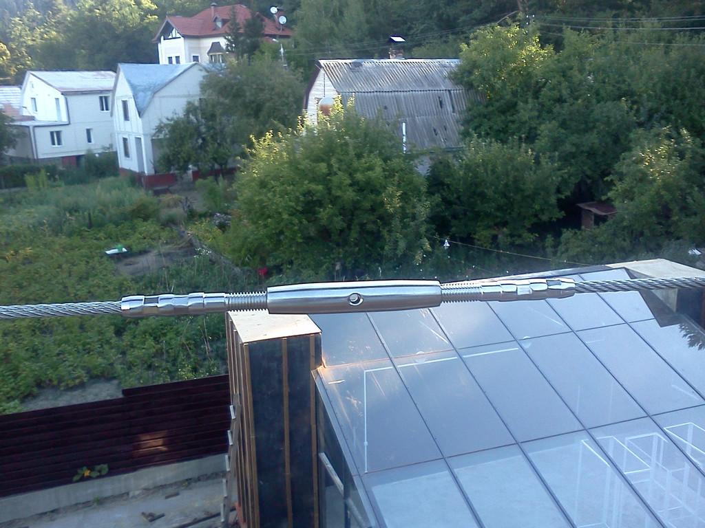 тросовое ограждение  терассы в частном доме. Обуховский район, Киевская область. август 2015 года 14