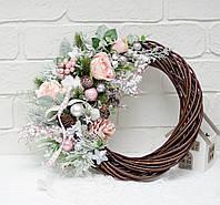 Венок нежный с розами на коричневом венку, фото 1