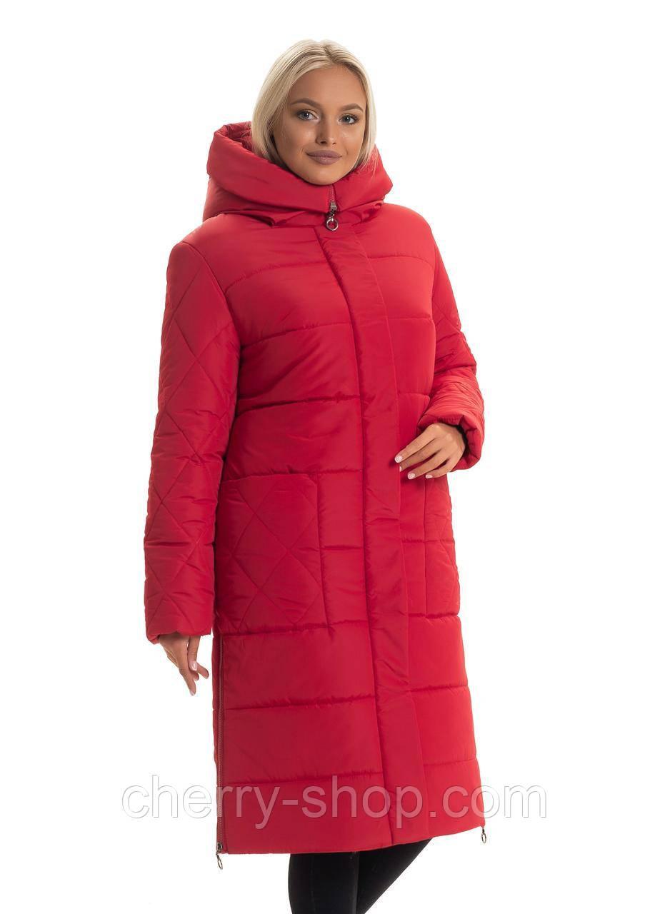 Пуховик женский прямого силуэта красного цвета