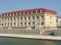 Здание административного назначения размером 12х30м, двухэтажное