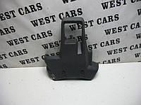 Кожух рулевой колонки низ Renault Kangoo 2008-2012 Б/У