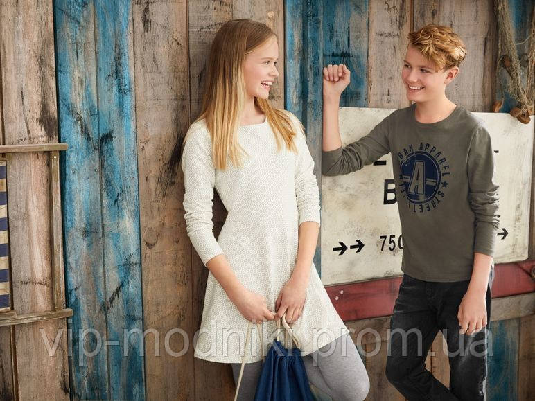 Стильное трикотажное платье для девочки подростка от pepperts германия.размер 158/164 на 12-14 лет.