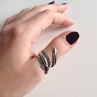 На каком пальце носить позолоченное кольцо?