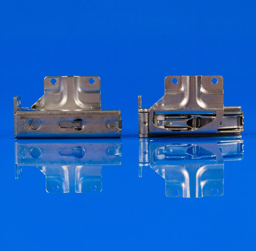 Навес (петля) дверки (верхняя + нижняя) Bosch Siemens