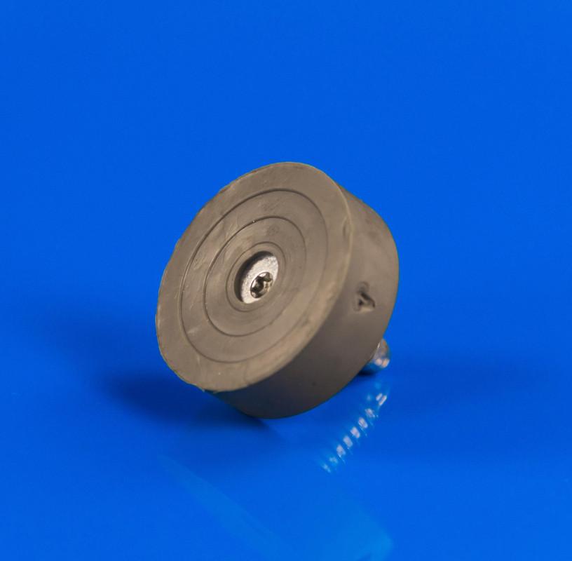 Ножка M8 х 32,5 мм Indesit Ariston