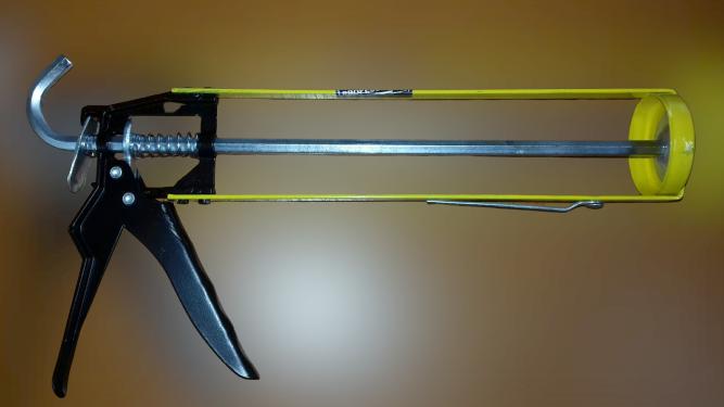 Пистолет для герметика Сталь 420 мл