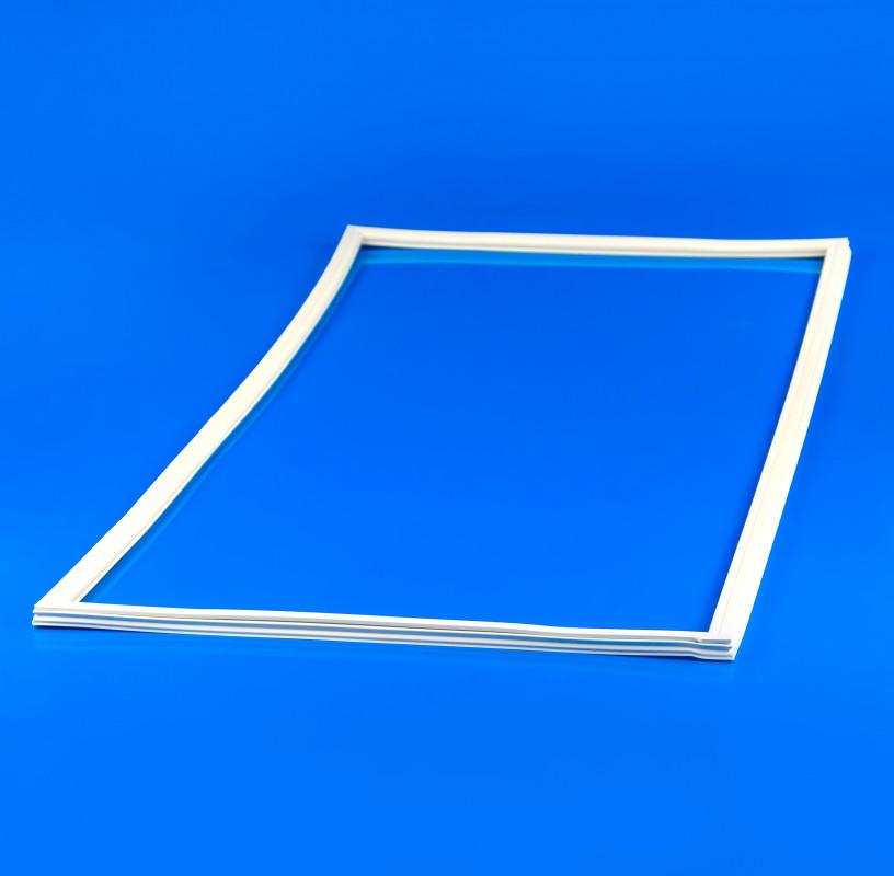 Уплотнительная резина Indesit C00055884 для холодильника
