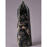 """Кристалл многогранник """"карандаш"""" сувенир натуральный камень Нуумит, высота 82мм (+-), диаметр 22м(+-)"""