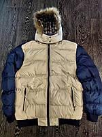 Мужская демисезонная куртка с капюшоном и мехом