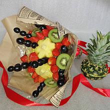 Фруктовий букет подарунковий вітальний для жінки з екзотичних фруктів