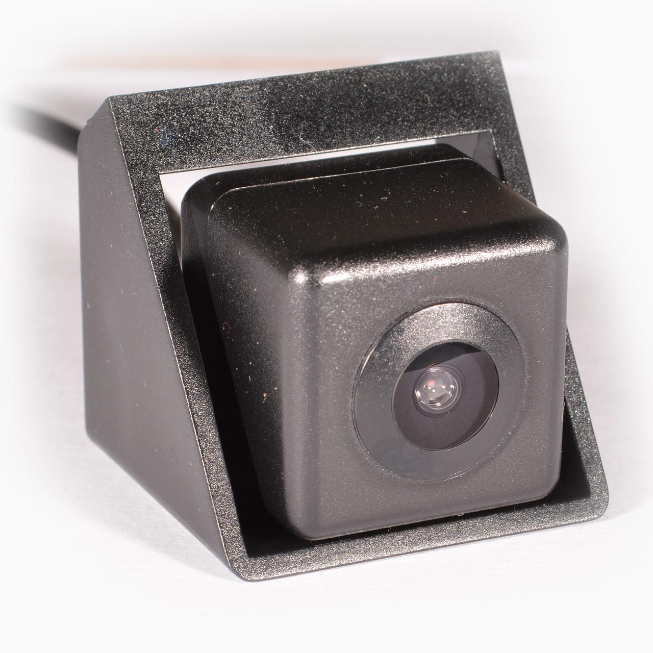 Камера заднего вида IL Trade 4444, SSANG YONG