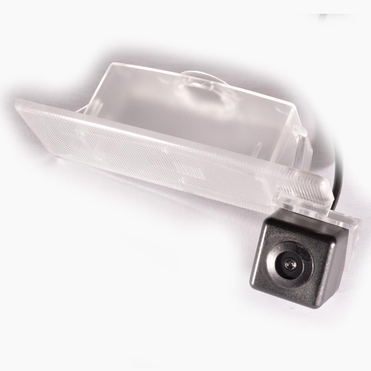 Камера заднего вида IL Trade 13-0001, HYUNDAI / KIA