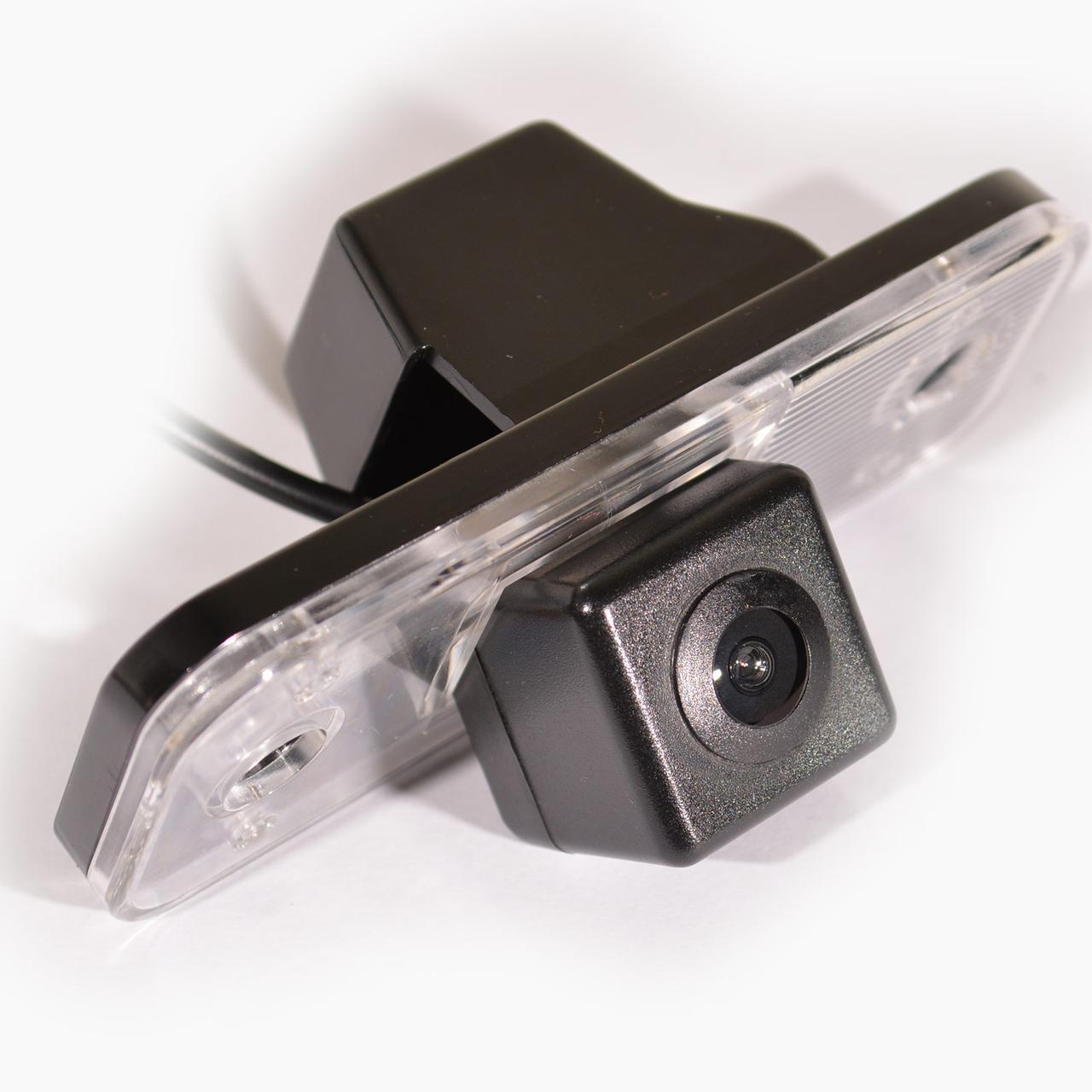 Камера заднего вида IL Trade 12-5555, HYUNDAI