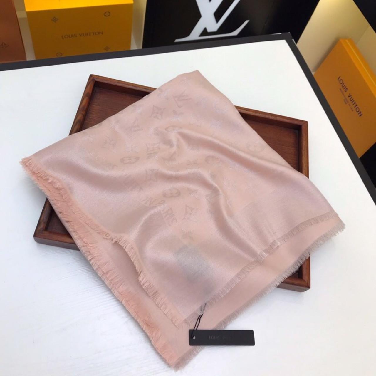 луи витон официальный платки