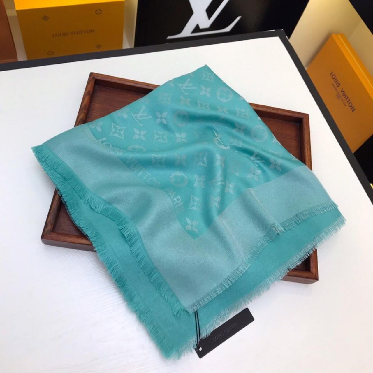 Платок, шаль, палантин Луи Витон с люрексом, качеством ААА