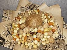 Фруктовий букет подарунковий вітальний з кокоса горіхів арахісу